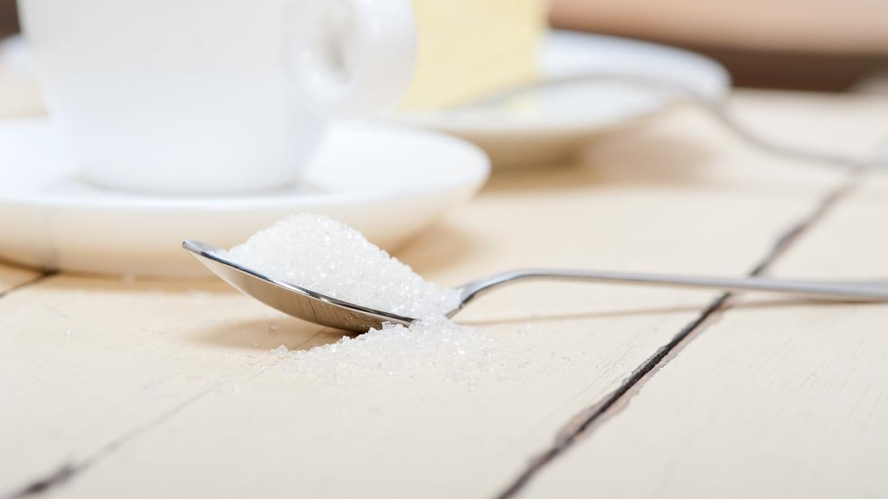 sugar feeds cancer